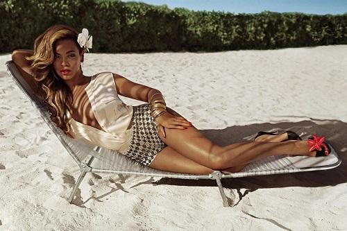 Beyonce-as-Mrs-Carter-in-HM-צילום-אינז-ואן-למסווירד-ווינוד-מטדין-1