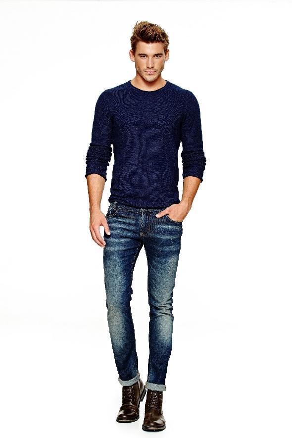 קסטרו סריג 199 שח מכנסי ג'ינס 299 שח גברים צילום גורן ליובנוציץ _4 (2)