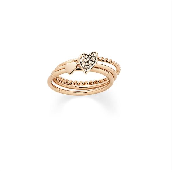טבעת נישואין 4,608 שקלים/ה.שטרן/ להשיג בכל חנויות הרשת.