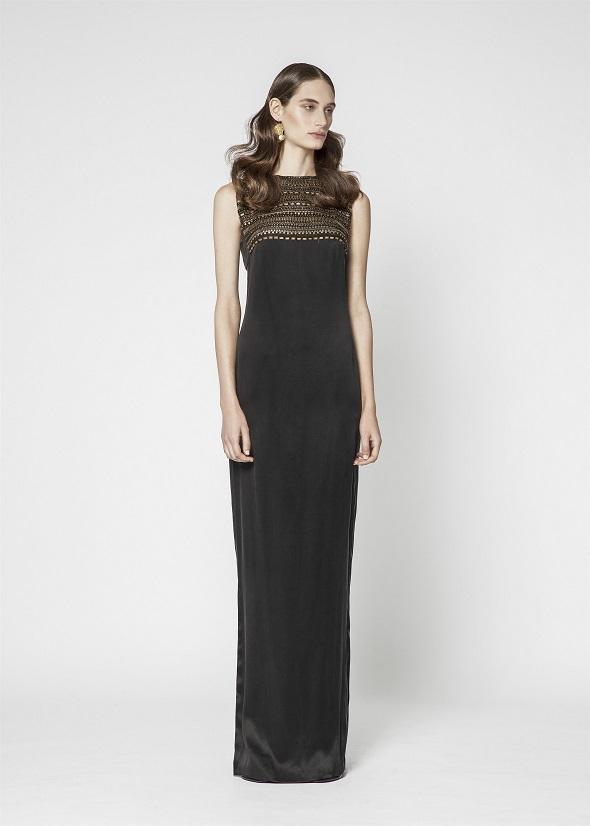משכית בפרשנות לשמלה השחורה הקטנה