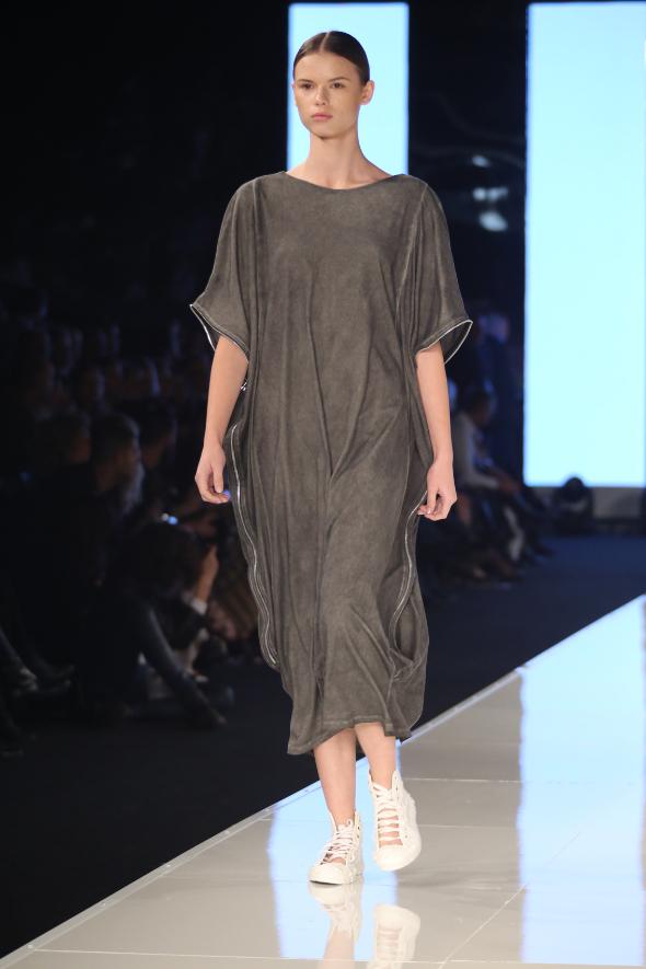 שבוע האופנה גינדי תל אביב תצוגת אופנה מעצבים UPCOMING צילום אבי ולדמן (77)