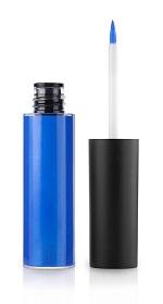 איליינר כחול/איל מקיאג'/מחיר: 145 ₪/להשיג ברשת החנויות
