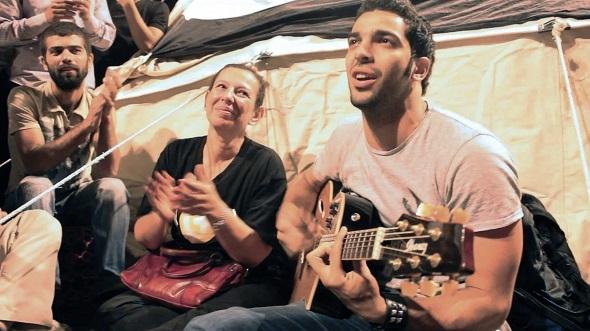 Photo_3_by_Noujaim_Films - הכיכר