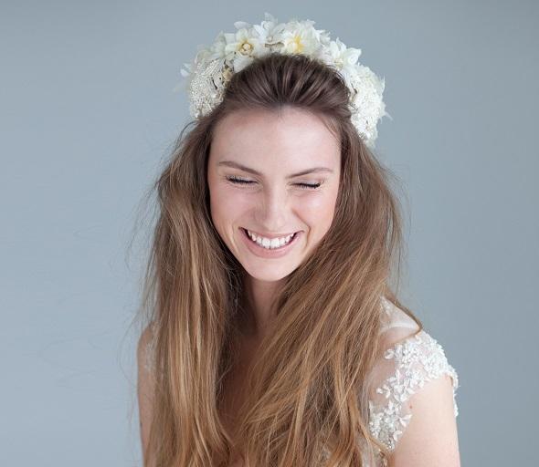'August' Bride Detail