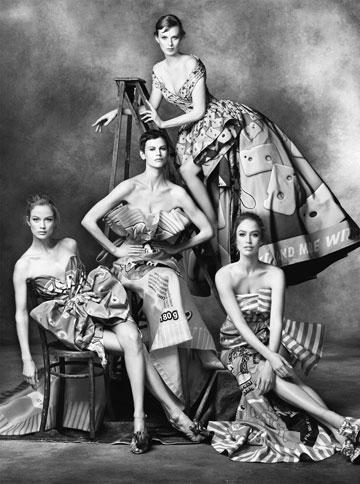 חבורת טופ מודלס מרשימה/קמפיין בית האופנה - מוסקינו