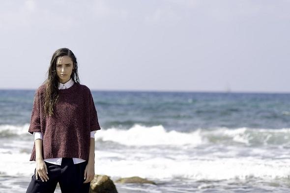 חולצה מכופרת- טומי הילפיגר / סריג בורדו - Adika/ מכנסיים- H&M