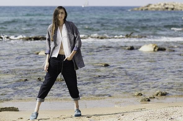 חולצה מכופתרת- H&M/ מעיל אפור אוברסייז- Adika / ג'ינס אוברסייז- דיזל / נעליים- בירקינשטוק לאוריג'ינלס
