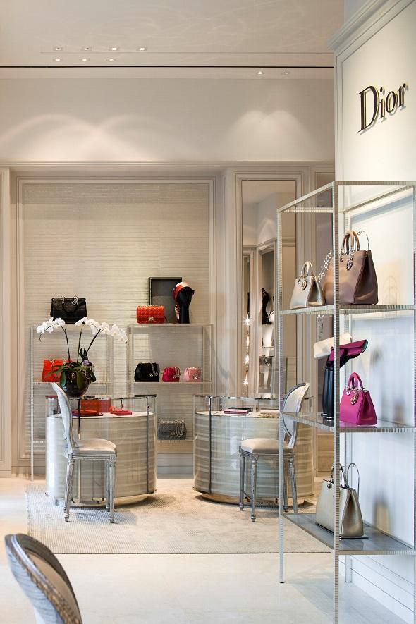חנות כיכר המדינה תל אביב Dior צילום-עמית גירון (10)