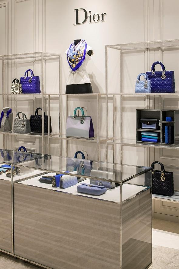 חנות כיכר המדינה תל אביב Dior צילום-עמית גירון (11)