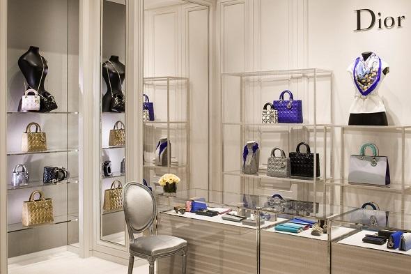 חנות כיכר המדינה תל אביב Dior צילום-עמית גירון (12)