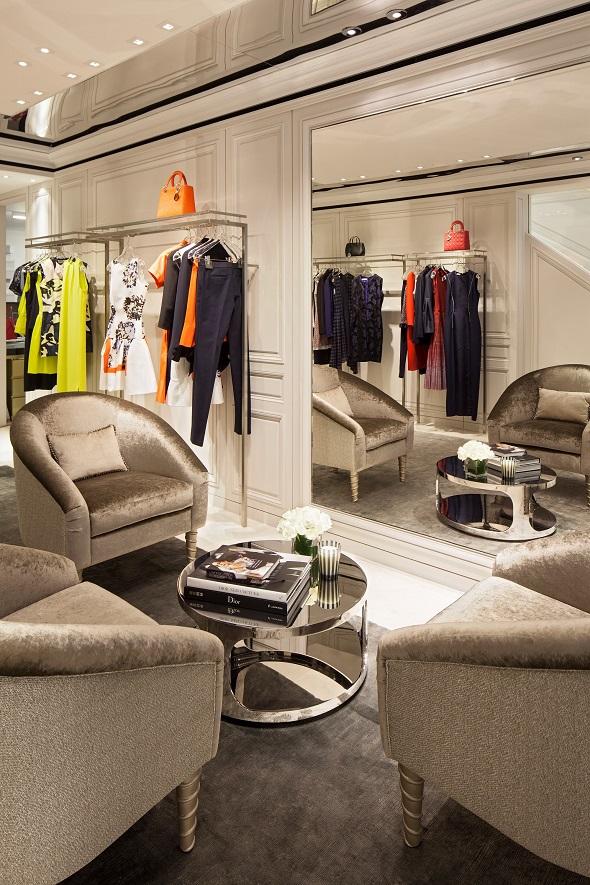 חנות כיכר המדינה תל אביב Dior צילום-עמית גירון (8)