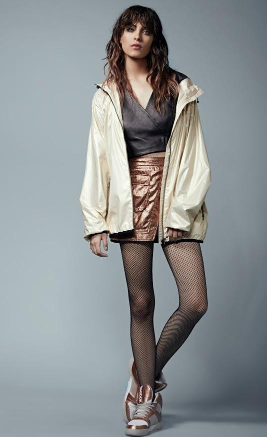 ג'קט פומה /חולצה אלכסנדר וונג לפקטורי 54/ חצאית H&M/ נעליים ריבוק/ גרביונים זוהרה