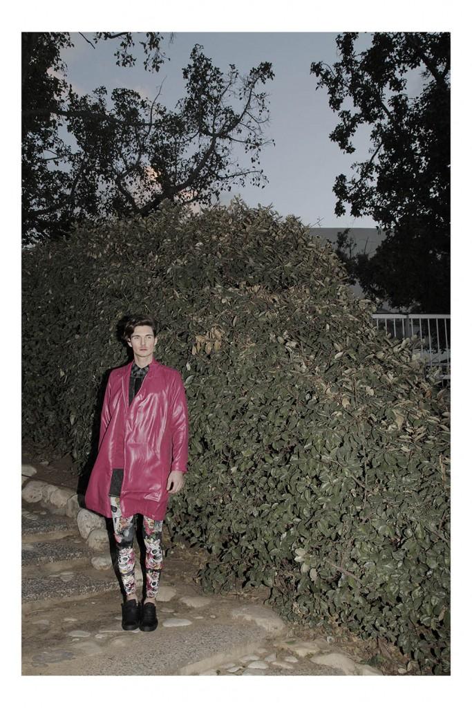 חולצה מכופתרת: lee/ טוניקה: קאלה: מעיל: רנואר מסלול/ טייץ tighs/ נעליים: אלדו