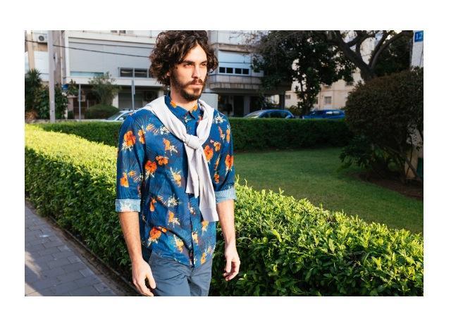חולצה מכופתרת: Napapijri/ סוודר: Lee/ מכנסיים: ZIP