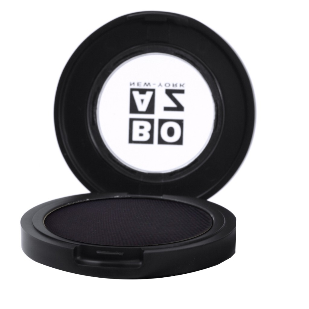 צללית אבן בגוון שחור פחם מט, בועז שטיין (89 ש״ח,( להשיג במכוני הטיפוח)