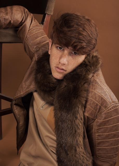 חליפה רנואר | צעיף זארה | מעיל ברשקה
