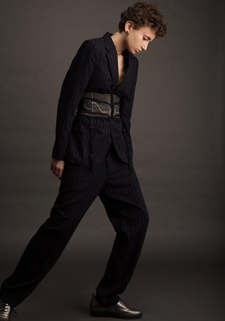חליפה ראלף לורן | מחטב ג'ק קובה | נעליים אלדו | עגילים שלומית אופיר