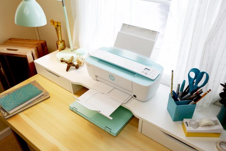 HP DeskJet Ink Advantage 3785 All-in-One   מחיר: 329 ש״ח, מחסניות דיו שחור+צבעוני במחיר השקה של 100 ש״ח