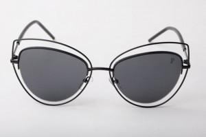 כל זוג משקפי שמש נעשה בעבודת יד   צילום: אנקלו סטודיו
