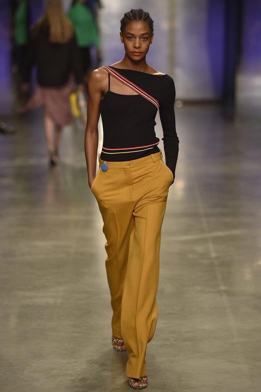 כל הבגדים הנועזים ליומיום | קולקציית UNIQUE קיץ 17 של TOPSHOP | צילום: יח''צ
