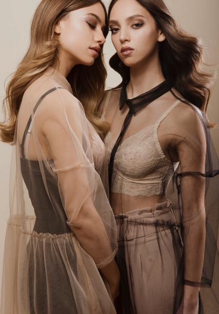 שמלות שקופות  two tone | גוזית תחרה אינטימה | מכנסיים זארה | מחטב שחור Etam