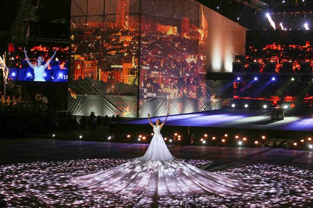 הופעה בלתי נשכחת בזכות השמלה של המעצבת ענבל דרור | צילום: יח''צ