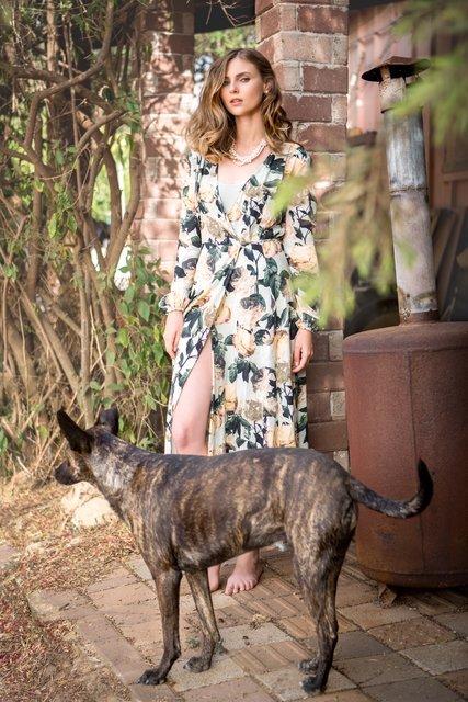 שמלה ובגד גוף H&M |  שרשרת גילדת המעצבים |עגילים פוראבר 21
