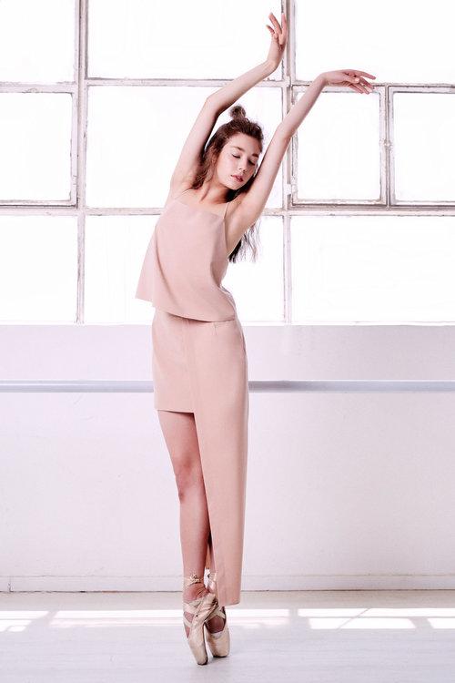 שמלה קארין זלאיט | עגילים טופ טן