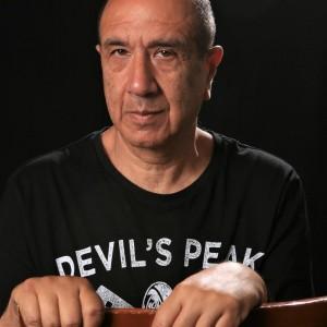 המשורר רוני סומק   צילום מיכה שמחון