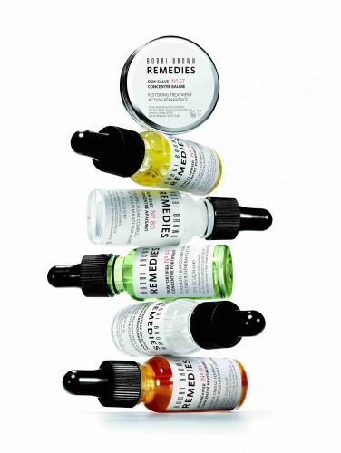 סדרת הטיפוח החדשה - Remedies של בובי בראון | 210 ש״ח לתכולת 14 מ״ל | צילום: יח״צ חו״ל | להשיג בסניפי המותג
