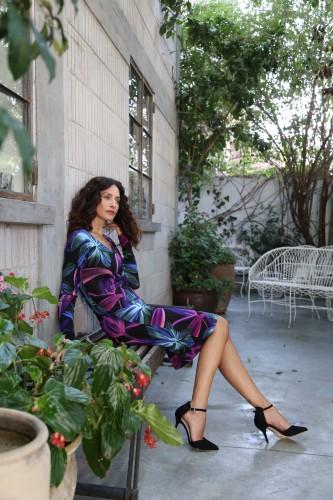 סובלת מקור בעונת החורף | שירלי בוגנים למותג האופנה 'דיסקרט' | צילום: דימה קרמינסקי