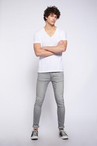 """ג'ינס לי קופר גברים / 299.90 ש""""ח / צילום: הילה שייר"""