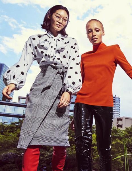 נעמי קמבל עושה את טוקיו עם H&M