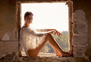 חולצה GALITA | בגד גוף אוסף פרטי | נעליים NINE WEST | עגילים ZARA | טבעת MAGNOLIA