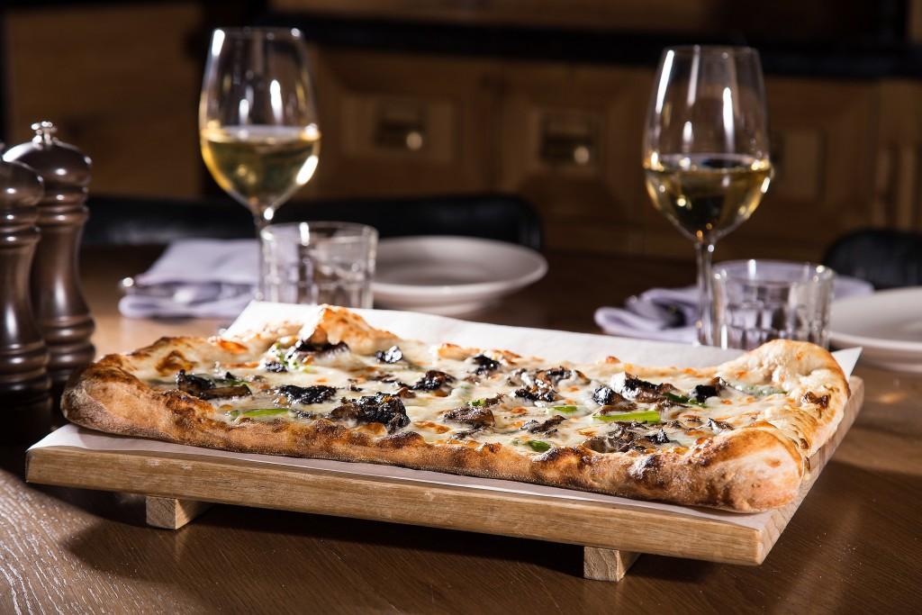 פיצה ללא תחתית | צילום: שרית גופן