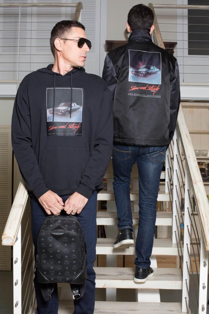 אור: עליונית Alexander Wang- For factory 54 ג'ינס LEVI'S משקפי שמש DIOR - EYE SOCIAETY | שחר: עליונית Alexander Wang- For factory 54 ג'ינס UNIQLO משקפי שמש DIOR - EYE SOCIAETY