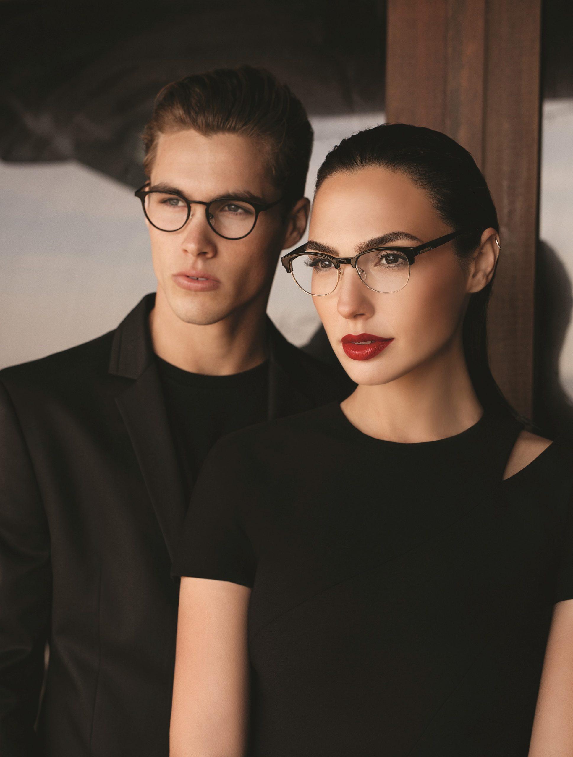 לראות מבעד לעדשה: משקפי ראיה ברשת ERROCA