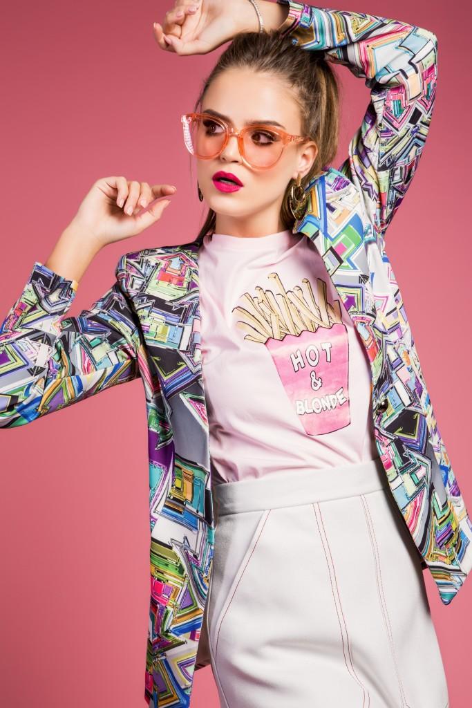 ג׳קט Jackie O | חולצה Ink | חצאית טופשופ | משקפיים Vintage Original