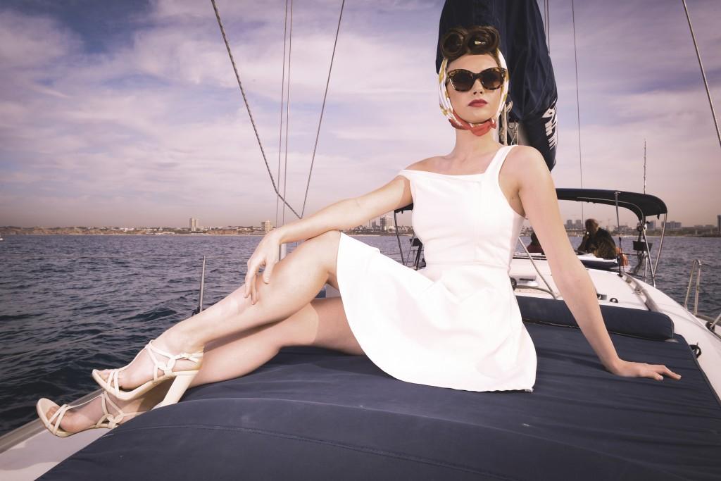 שמלה Ink   מטפחת פוראבר 21    משקפיים Vintage Original