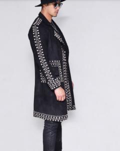 המעיל הזה חייב להיות שלכם | צילום: יח''צ חו''ל