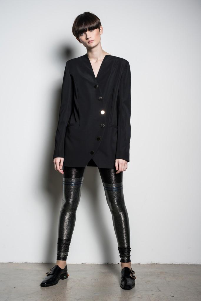 לא קורצות לעיצוב בגדי גברים   צילום: רון קדמי