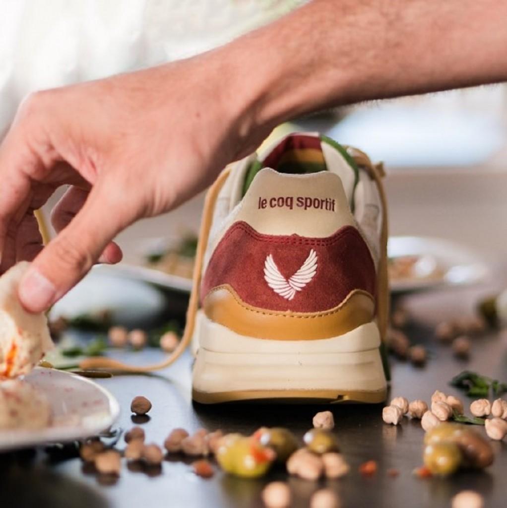 שרוכי פטרוזיליה ונגיעות פפריקה/ SneakerBox & le Coq Sportif / צילום: לה קוק ספורטיף
