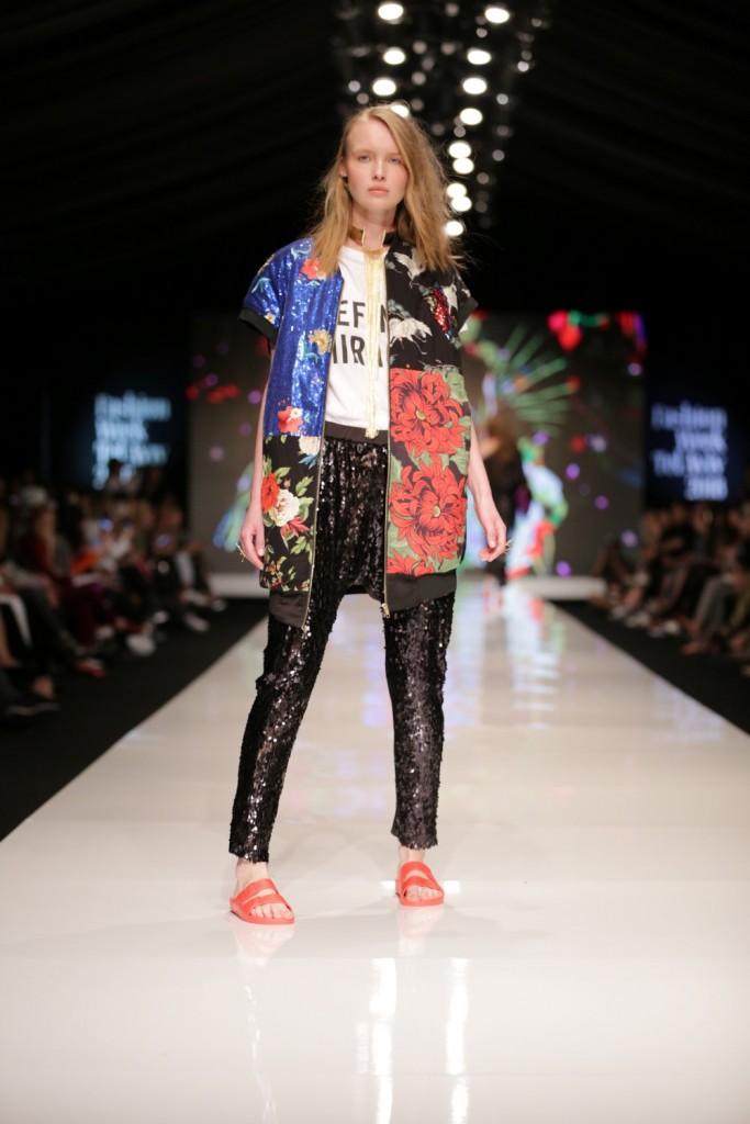 לארה רוסנובסקי | שבוע האופנה תל אביב 2018| צילום: אבי ולדמן