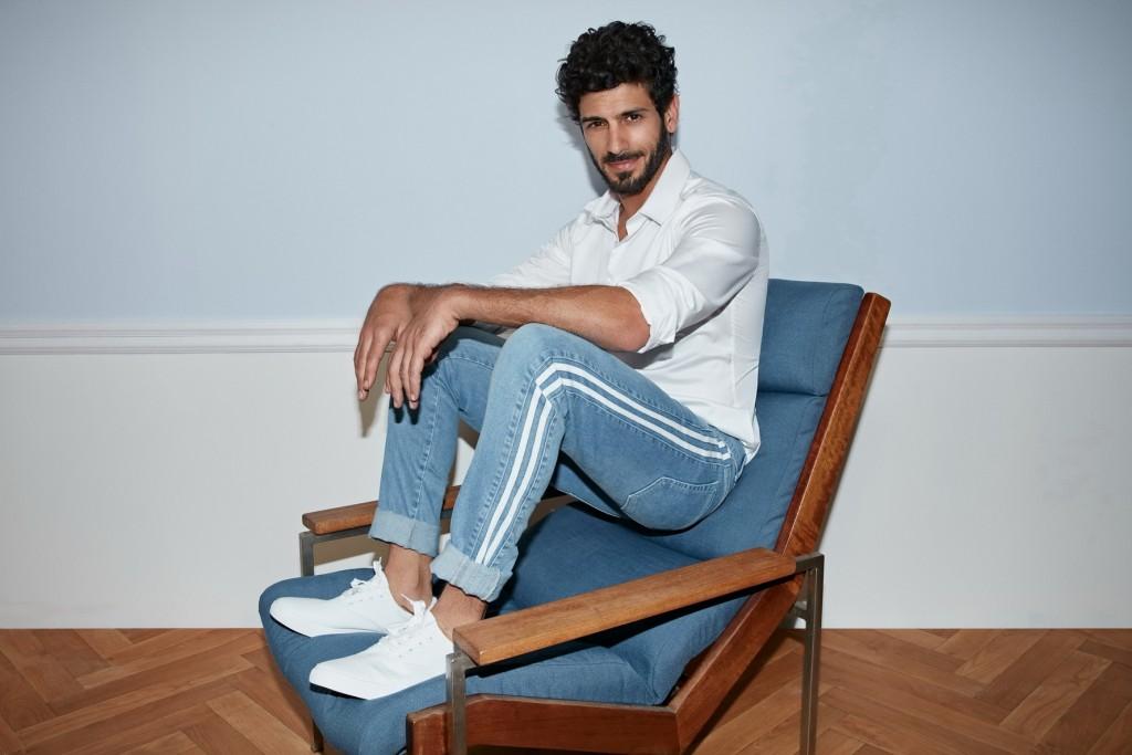 הג'ינס שהוא המאסט אב לגברים   קסטרו אביב- קיץ 18   צילום: דודי חסון