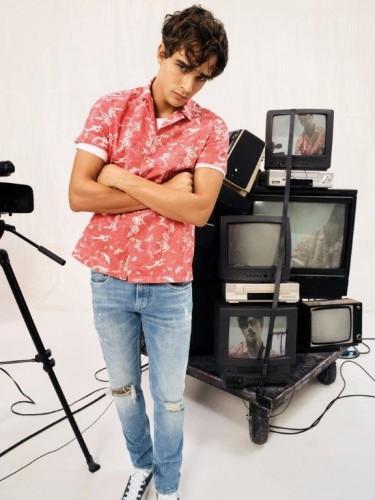 אגף הגברים סובל משעימום מוחלט | Pepe Jeans London לקיץ 18' | צילום: יח''צ חו''ל