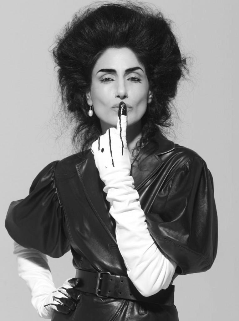 הפך דוגמניות לאייקוניות אופנה    ירונית אלקבץ ז''ל בצילומו של יקי הלפרין