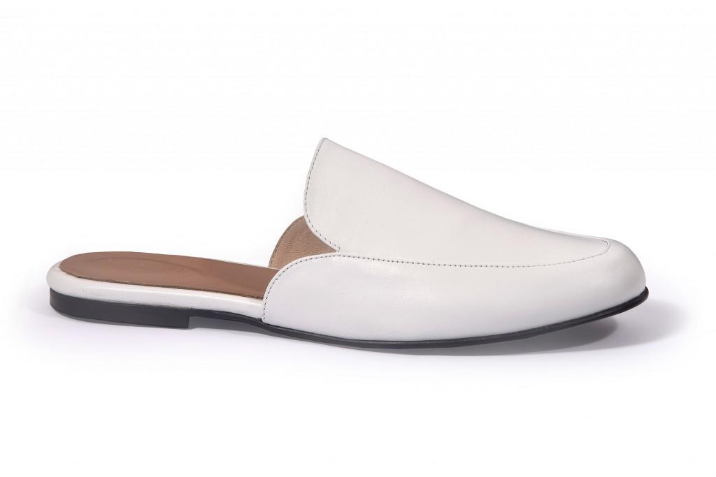 הדגם המנצח של הקולקציה, דגם המיולס | קולקציית קיץ של מותג הנעליים AMRIA | צילום: יח''צ
