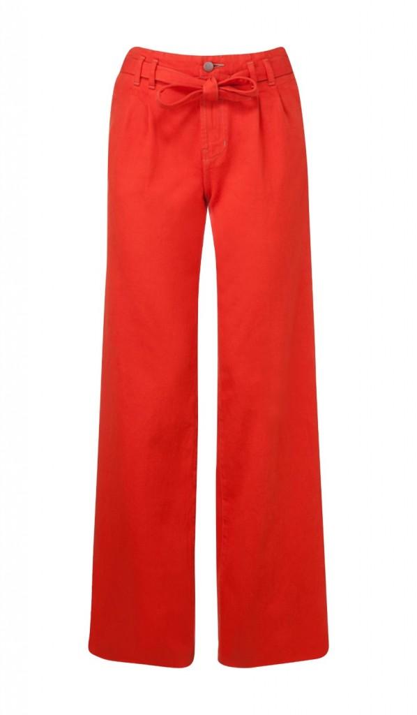 """חייב את הג'ינס הזה בארון עוד היום / עמנואל/ ג'ינס אדום מתרחב / 1690ש:ח צילום: יח""""צ חו""""ל"""