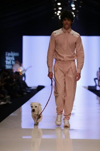 גם מעצב האופנה מעוז דהאן לנורוביש דוג נרתם לפרויקט | צילום: אבי ולדמן