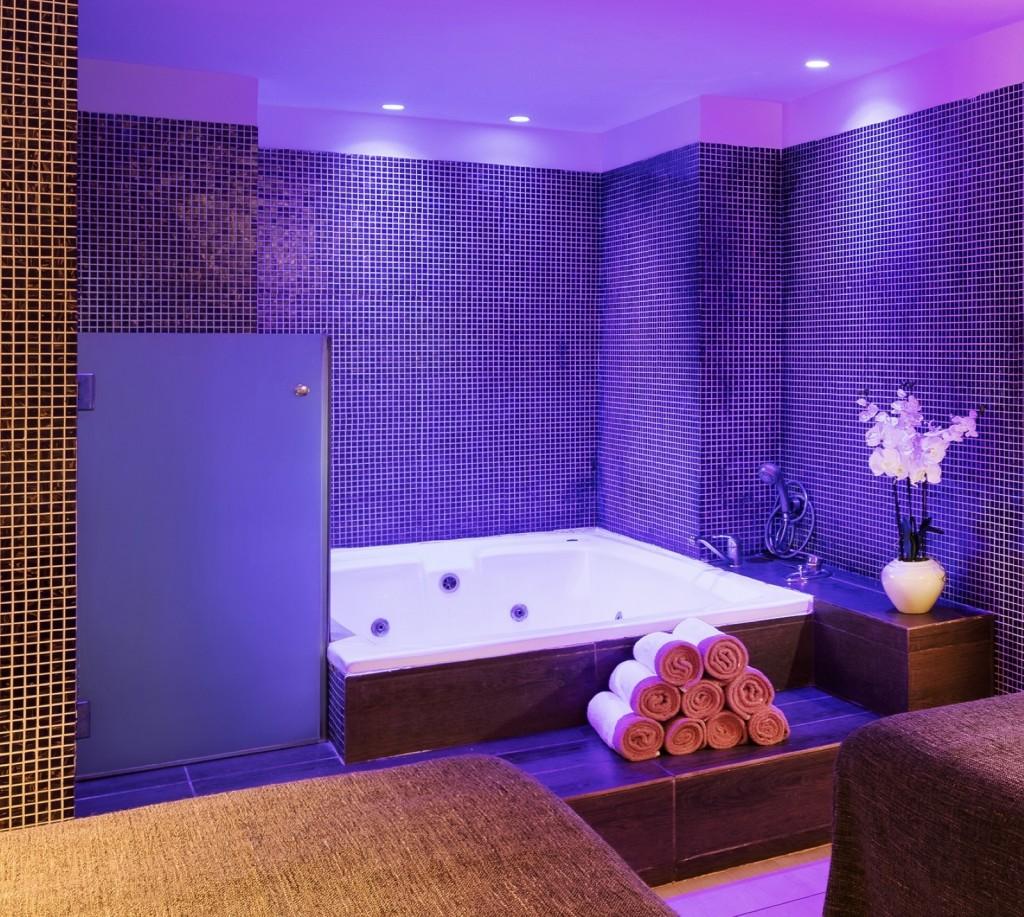 חדר טיפולים זוגי במלון ספא שיזן הרצליה מרשת מלונות טמרס /  צילום: רועי מזרחי